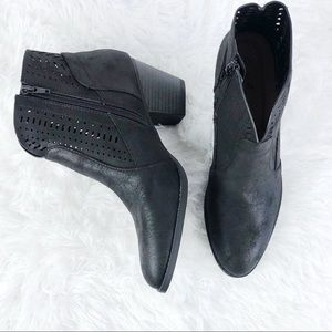 Shoes - Vegan Leather Heeled Bootie• Size 8